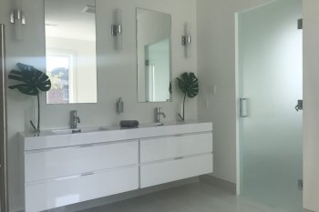 Modern Bathroom Reno